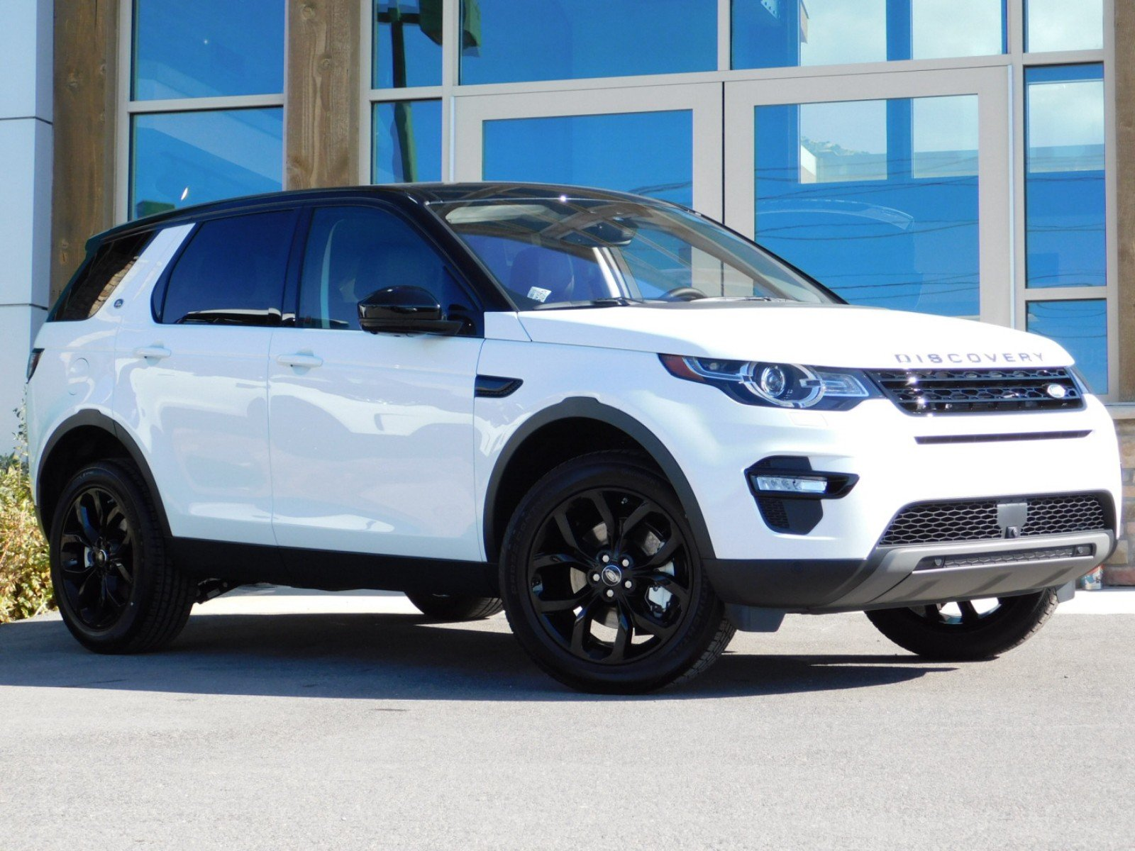 New 2019 Land Rover Discovery Sport Hse 4 Door In